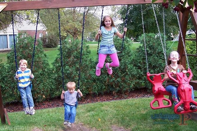 صور اطفال يلعبون 10