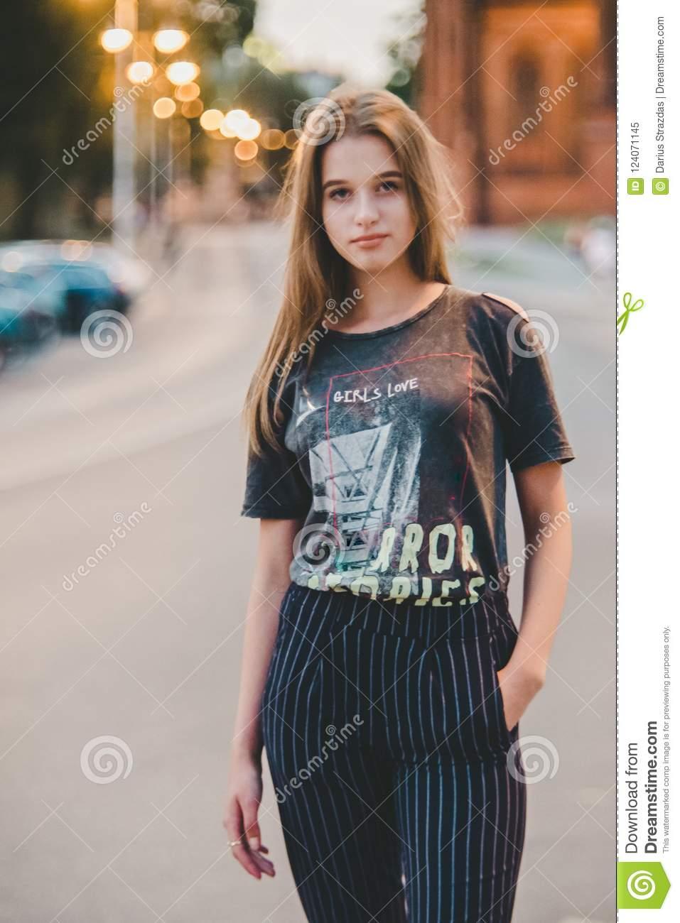 اجمل صور بنات 2020 اجمل صور بنات اطفال خلفيات بنات صغيره جميلة جدا 67