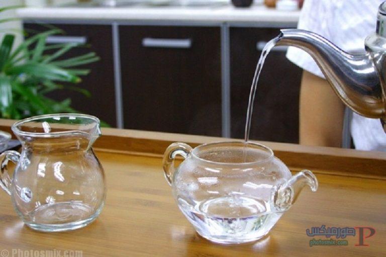 فوائد شرب الماء الدافئ على الريق