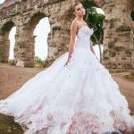 -فساتين-زفاف-فخمة-وأنيقة-2019-صور-ميكس-32-150x150 صور فساتين زفاف فخمة وأنيقة 2019