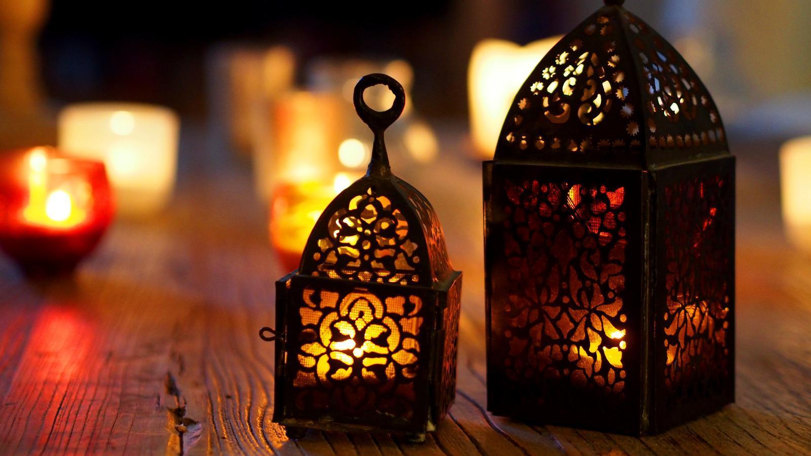 moroccan lamp 2 - صور فوانيس رمضان 2019, صور فوانيس رمضان خشب, صور فوانيس رمضان مكتوب عليها الإسم