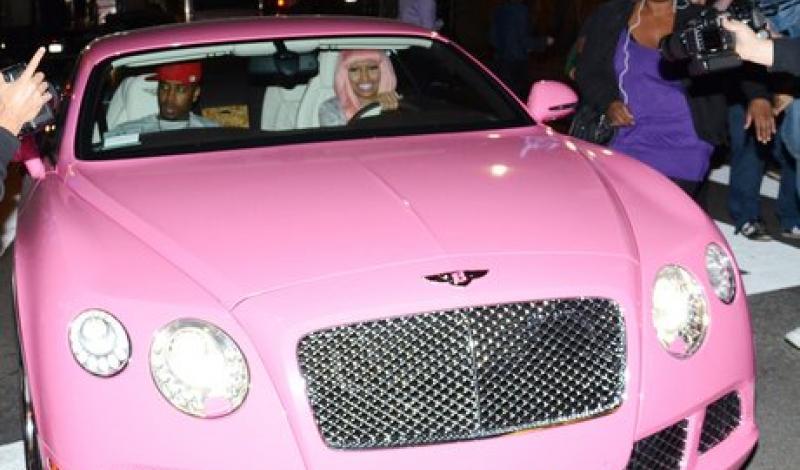 أشهر ألوان سيارات تعشقها المرأة