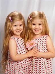 صور أخوات توأم