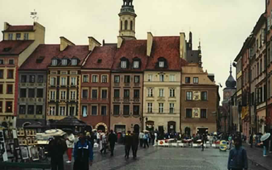 معلومات عامة عن دولة بولندا