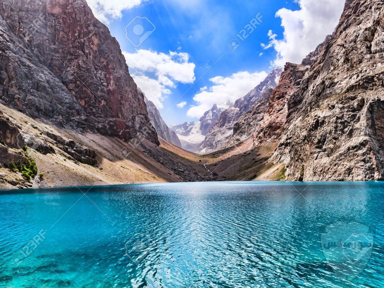 بالصور.. شلالات المياه تزين جبال سانت كاترين 7
