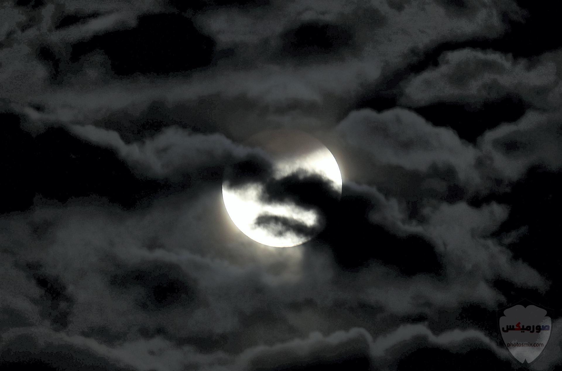 خلفيات القمر والبحر خلفيات ليل وقمر خلفيات ليليه روعه خلفيات قمر وبنت 3