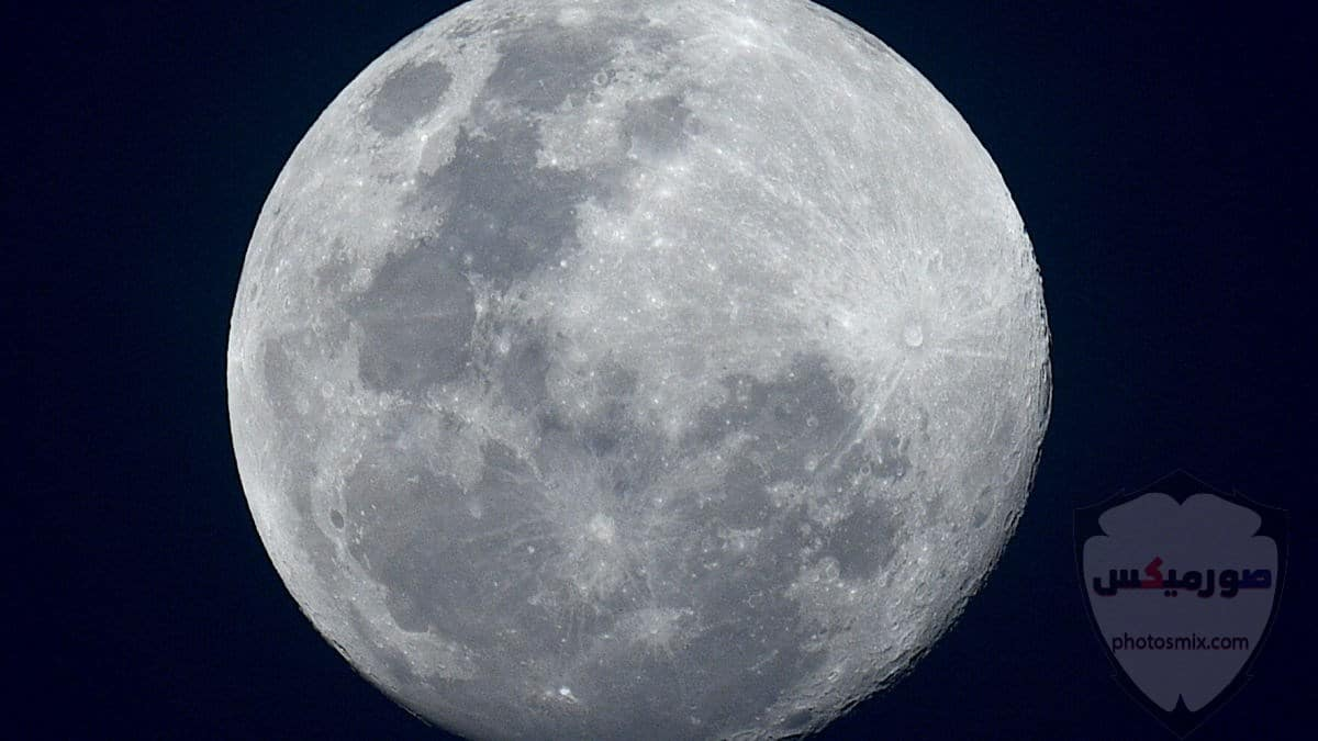 صور القمر العملاق رمزيات عن القمر العملاق صور قمر وسط النجوم 2