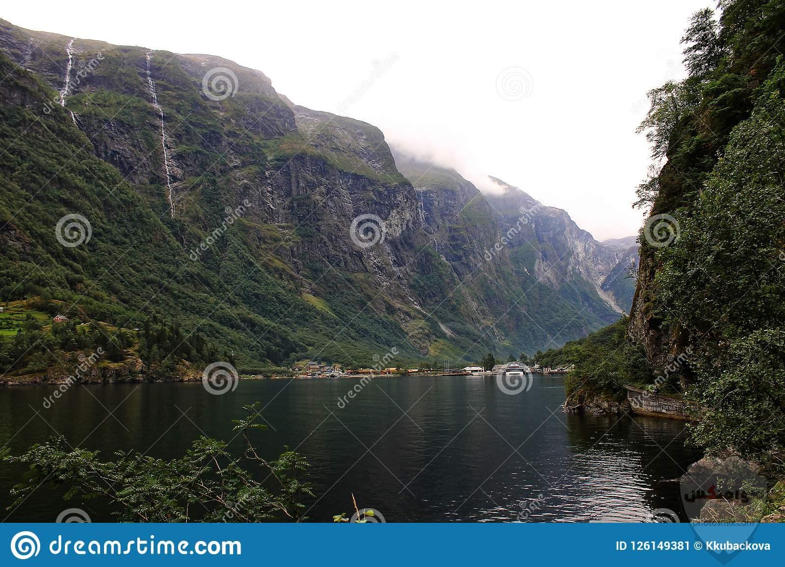 غروب هادئ الجبال والمياه تحميل PNG ، الغروب كن هادئا الجبل ناقلات الفنون ، ملفات PSD والخلفية 7