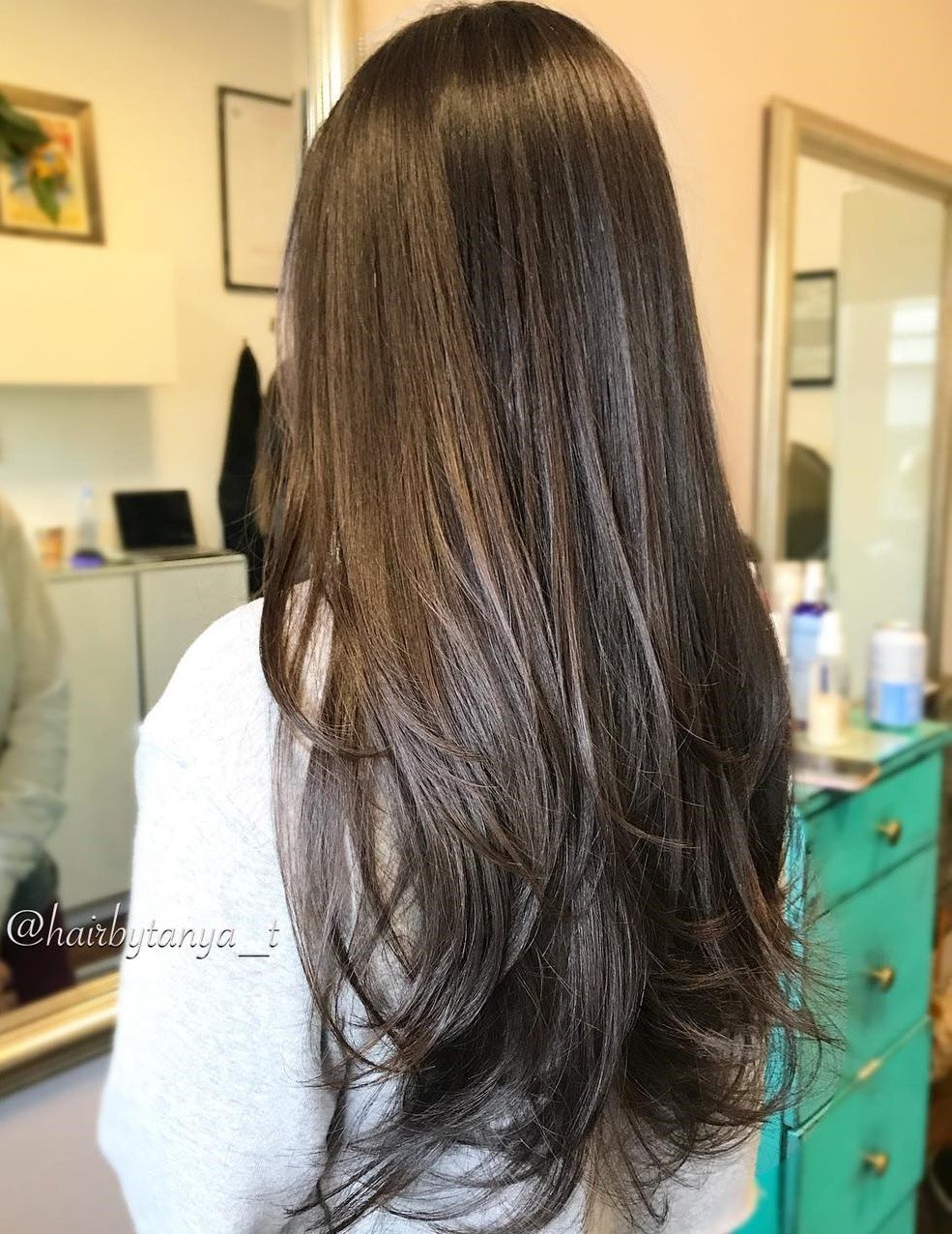 تسريحات شعر طويل 2020 4