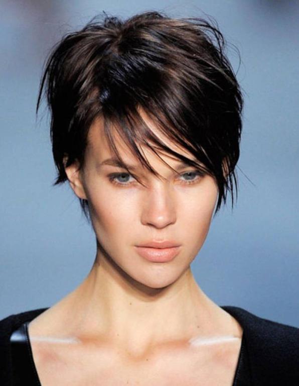 تسريحات شعر قصير 2020 2