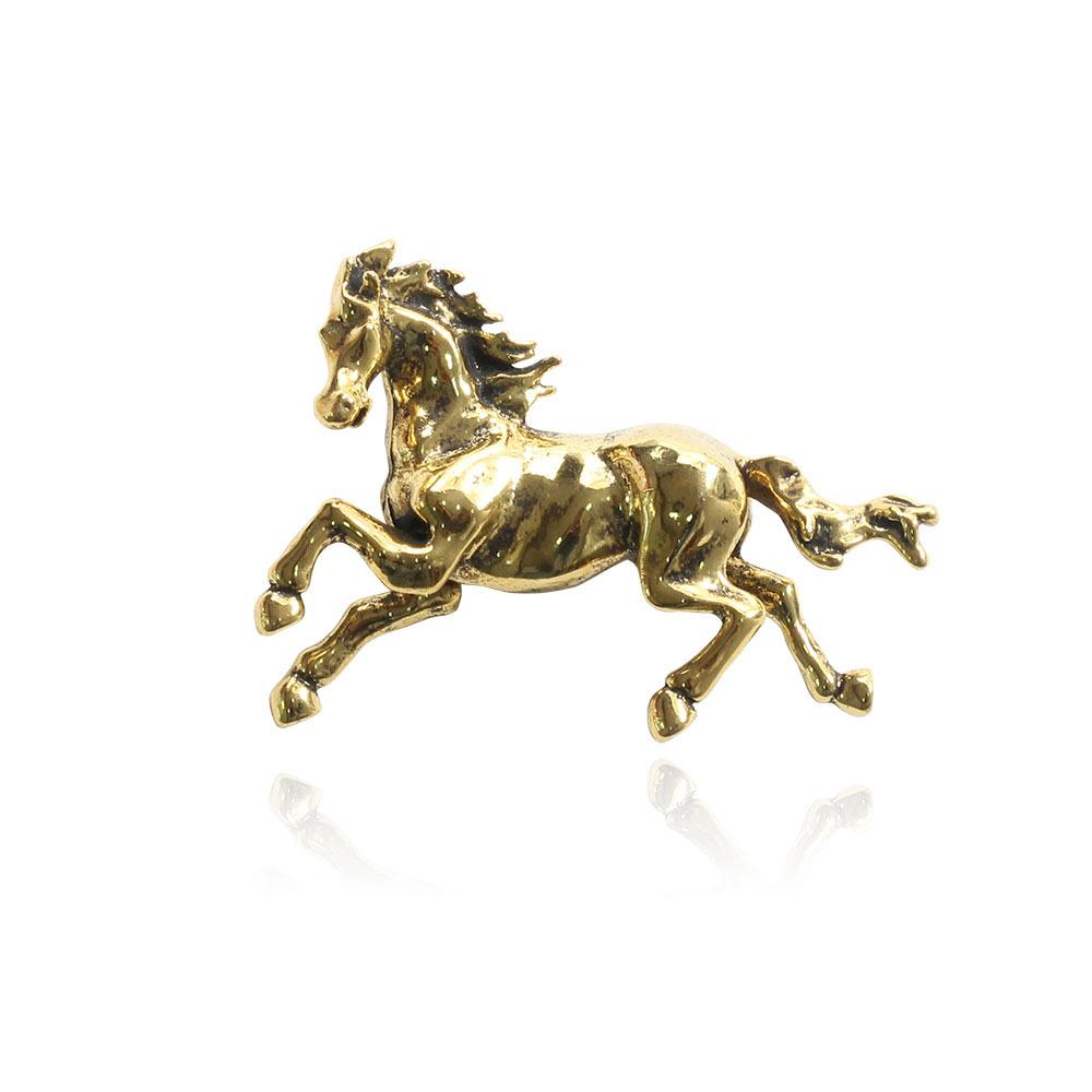حصان اسود 36