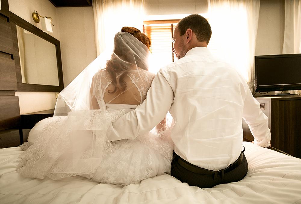 ماذا يفعل الزوجين فى ليلة الدخلة ، نصائح ومعلومات عن ليلة الزفاف