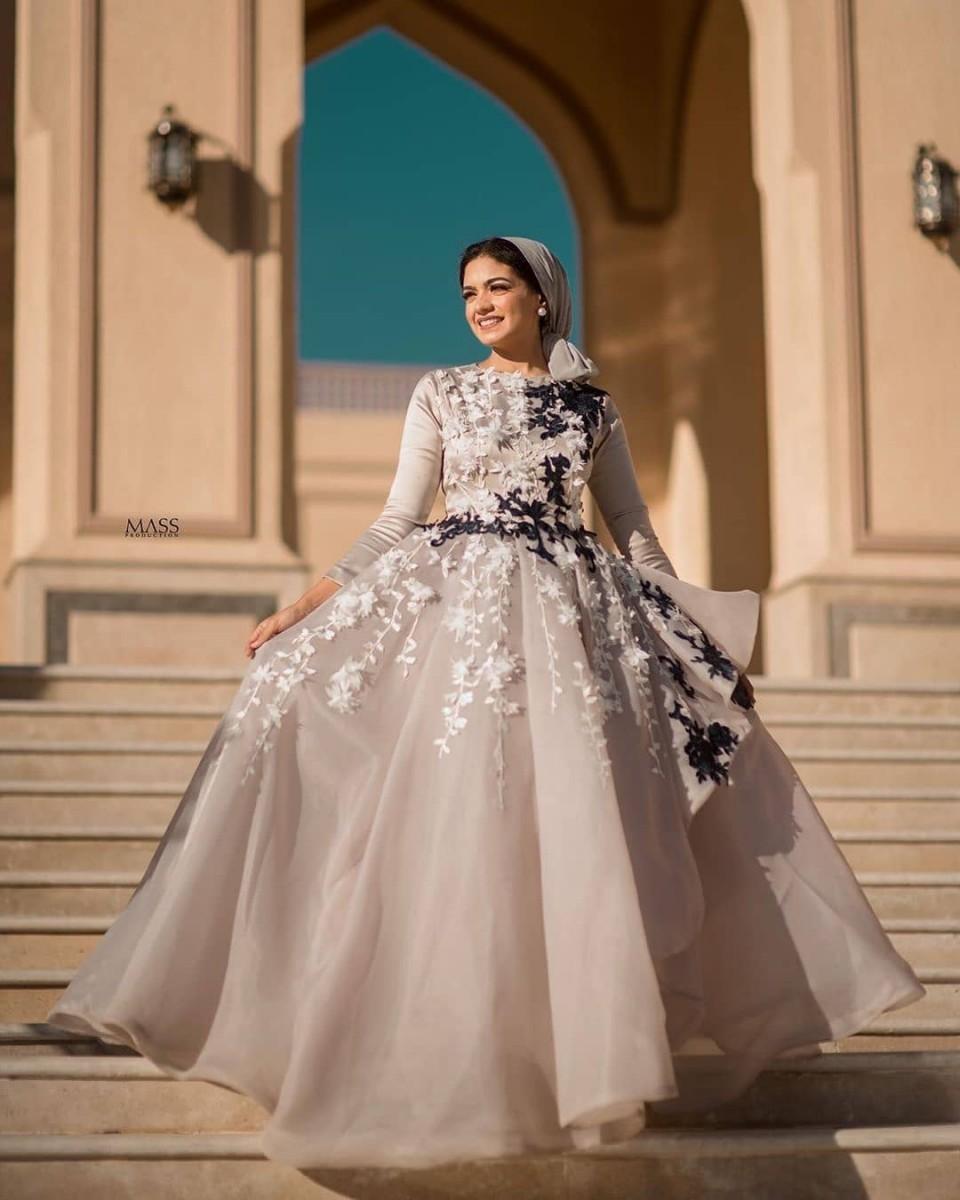 ملابس بنات عرض ازياء فستان سهرة صور فساتين سهره صور ملابس 2020 64